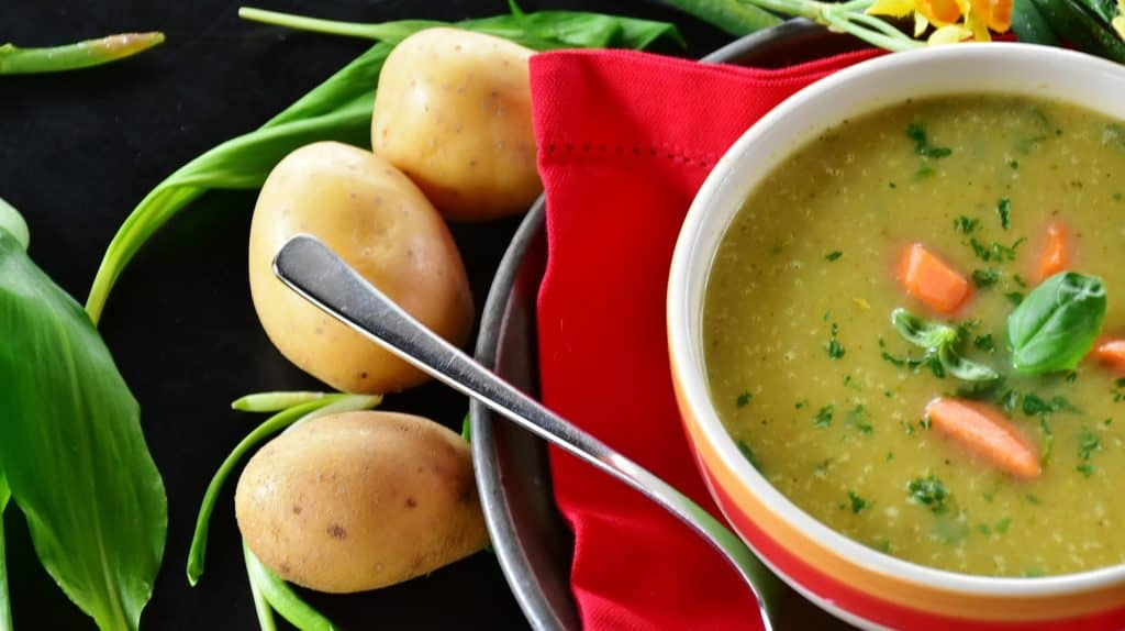 low calorie soups that fill you up and support weight loss